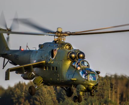 Śmigłowce Mi-2 i Mi-24